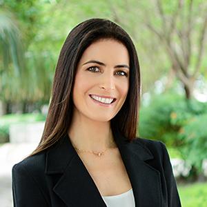 Flavia Caltabiano,                       Agent in Miami - Compass