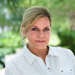 Sylvia Cherry, Agent in Miami - Compass