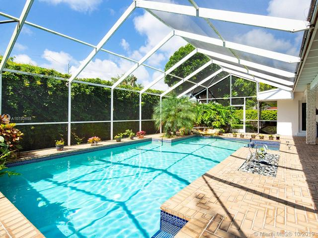 8150 Southwest 143rd Street Palmetto Bay, FL 33158