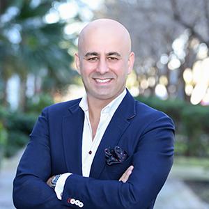 Allen Davoudpour, Agent in Miami - Compass