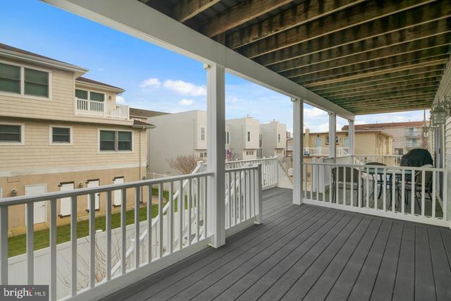 203 North Jefferson Avenue, Unit B Margate City, NJ 08402