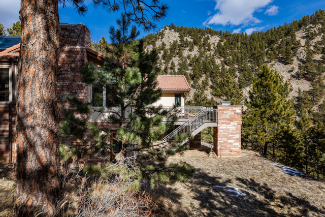 321 Carriage Hills Drive Boulder, CO 80302