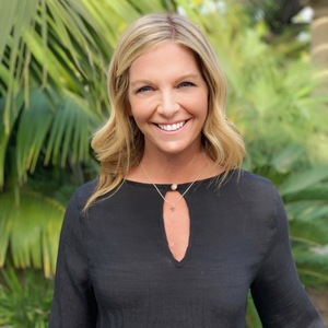 Rhonda Biel,                       Agent in Los Angeles - Compass