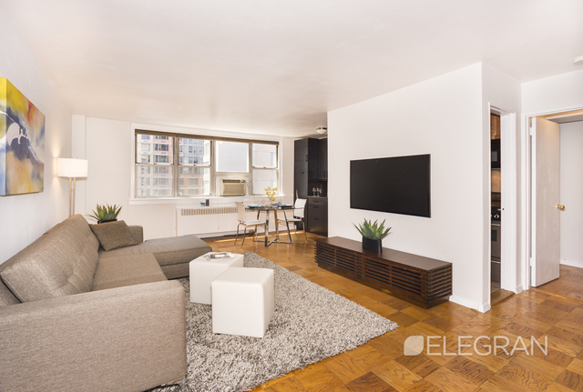 240 East 35th Street, Unit 12J Image #1