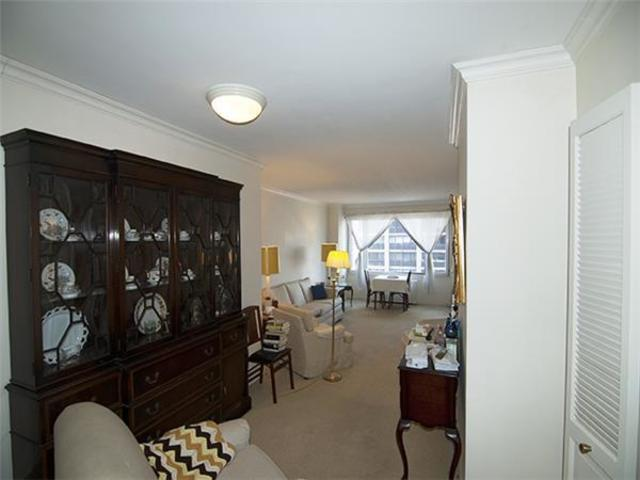 303 East 57th Street, Unit 14H Image #1