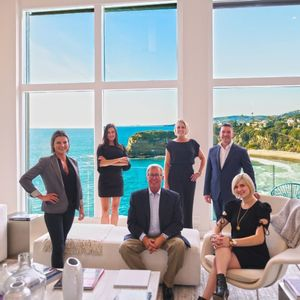 Private Client Group OC, Agent Team in Los Angeles - Compass