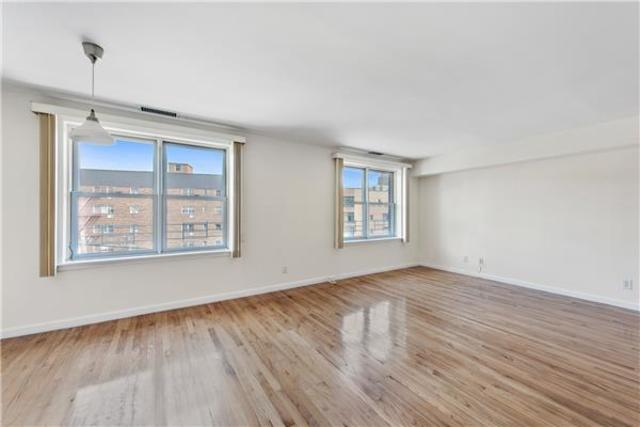 3223 Riverdale Avenue, Unit 2 Image #1