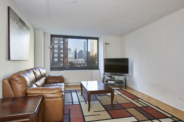 200 Rector Place, Unit 4U Image #1