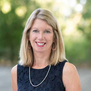 Dana Weiler,                     Agent in San Francisco - Compass
