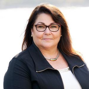 Headshot of Rhonda Livingston