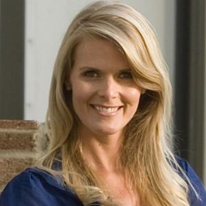 Andrea Woodard,                       Agent in Nashville - Compass