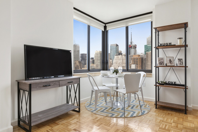 35 West 33rd Street, Unit 16B Manhattan, NY 10001