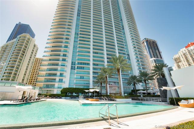 1331 Brickell Bay Drive, Unit 2011 Miami, FL 33131