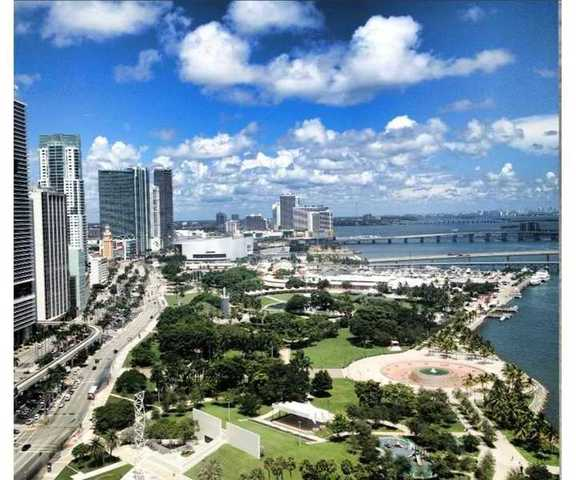 325 South Biscayne Boulevard, Unit 2924 Image #1