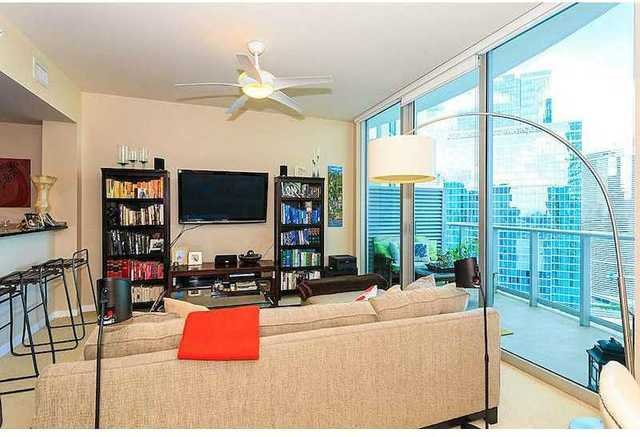 300 South Biscayne Boulevard, Unit 3707 Image #1
