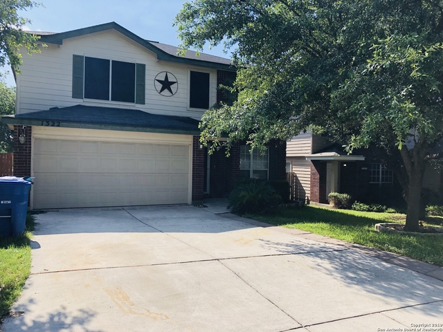 1322 Cougar Country San Antonio, TX 78251