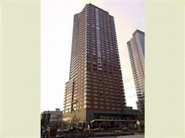10 West Street, Unit 30A Image #1