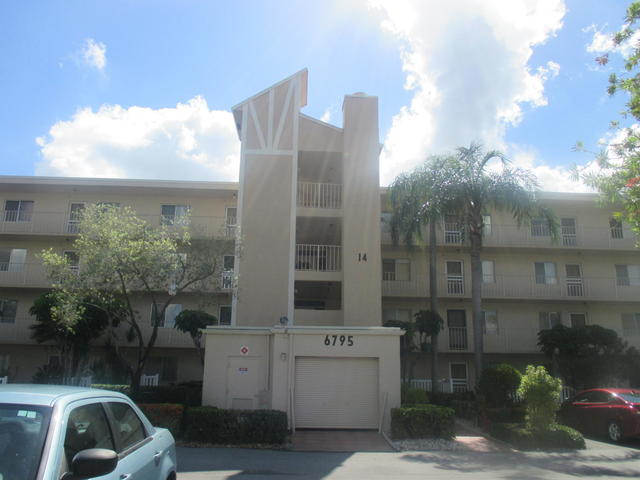 6795 Huntington Lane, Unit 405 Delray Beach, FL 33446