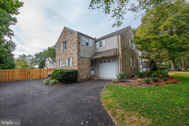 922 Clover Hill Road Wynnewood, PA 19096