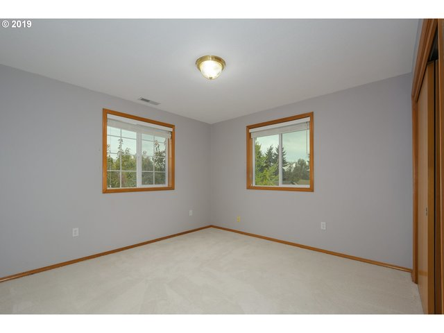 5717 Northeast 50th Place Vancouver, WA 98661