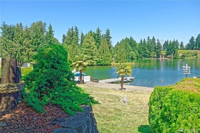 3305 West Tapps Dr E Lake Tapps, WA 98391