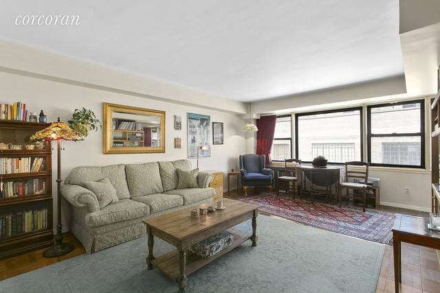 55 East 9th Street, Unit 11J Image #1