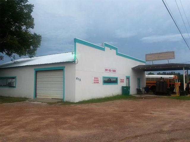 615 Highway 75 Willis, TX 77378