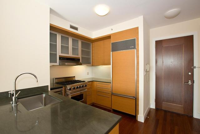 30 West Street, Unit 14G Image #1