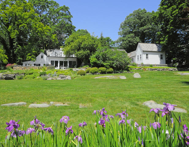 131 Cat Rock Road Cos Cob, CT 06807