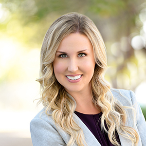 Amy Marie Isherwood, Agent in Miami - Compass