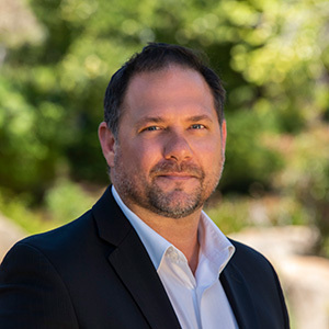 Phil Shirinian,                       Agent in Santa Barbara, Montecito, & Central Coast - Compass