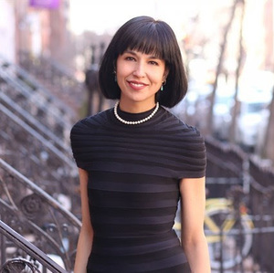 Holly Harnsongkram,                     Agent in NYC - Compass