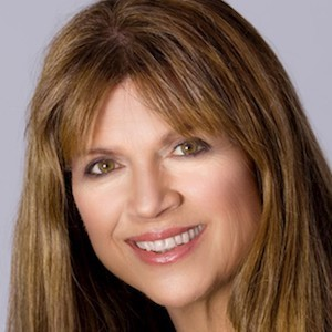 Christine Flechsig,                     Agent in San Francisco - Compass