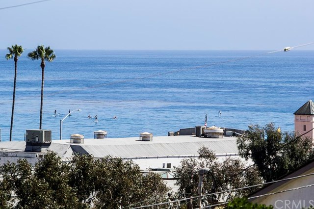 174 Cliff Drive, Unit F Laguna Beach, CA 92651