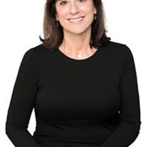 Gina Haggarty,                     Agent in San Francisco - Compass