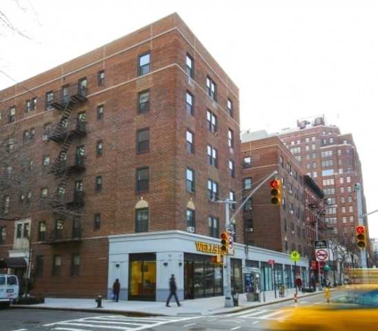364 West 18th Street, Unit 2J Image #1