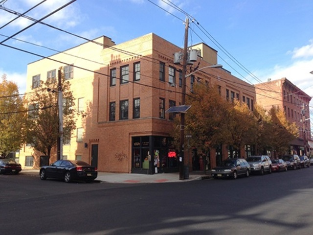 353 Grove Street, Unit 3E Jc Downtown, NJ 07302