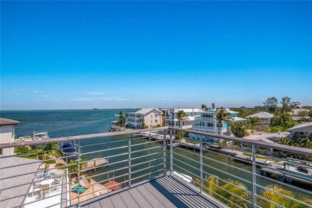 217 North Harbor Drive Holmes Beach, FL 34217