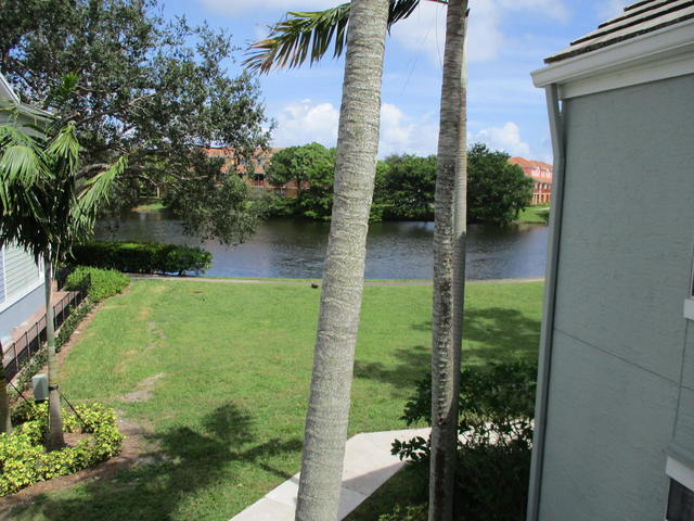 1275 Crystal Way, Unit P Delray Beach, FL 33444