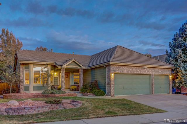 10028 South Oak Leaf Way Highlands Ranch, CO 80129