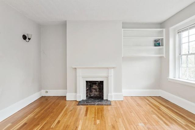 47 South Russell Street, Unit 4 Boston, MA 02114