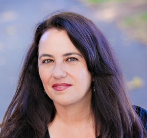 Sharon Alva,                     Agent in San Francisco - Compass