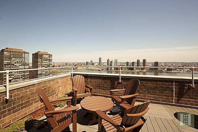 333 East 45th Street, Unit 8C Image #1