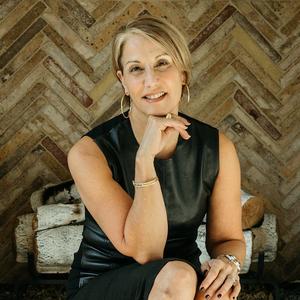Nancy Johnson,                       Agent in Dallas-Fort Worth - Compass