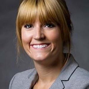 Samantha Hall,                     Agent in San Francisco - Compass