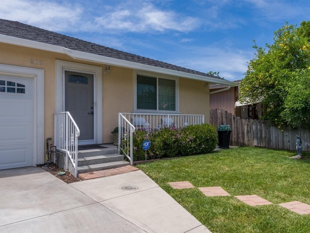 609 Stanford Avenue Redwood City, CA 94063