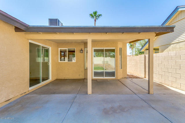 3866 East Whitney Lane Phoenix, AZ 85032