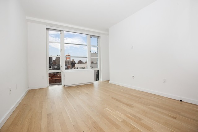 331 East Houston Street, Unit 9C Image #1