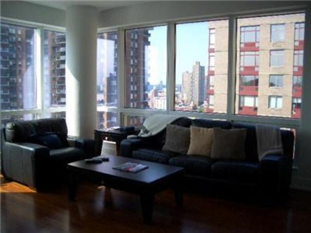 350 West 42nd Street, Unit 20B Image #1