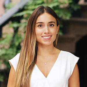 Stephanie Betancourt,                       Agent in NYC - Compass